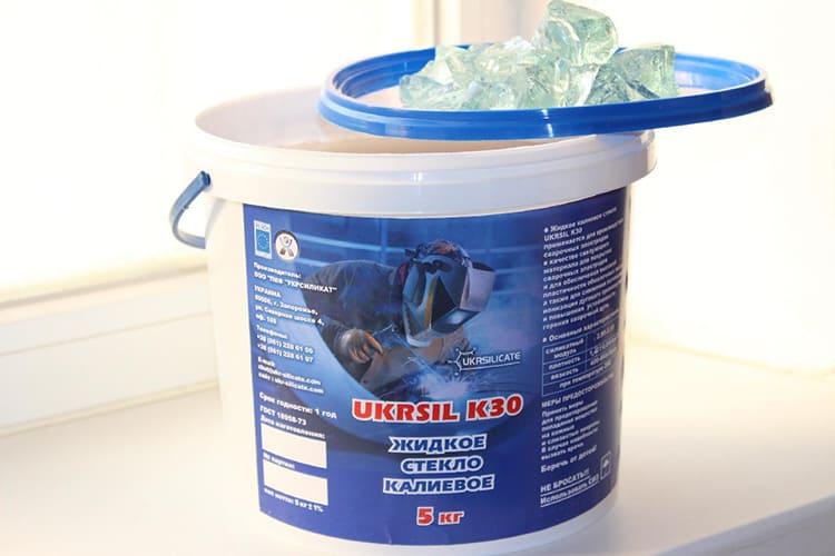 ФОТО: ukrcommerce.com Калиевое жидкое стекло обладает хорошими антисептическими свойствами