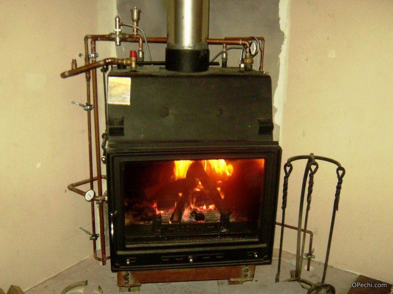 Печь камин с датчиками и водяным контуром отопления
