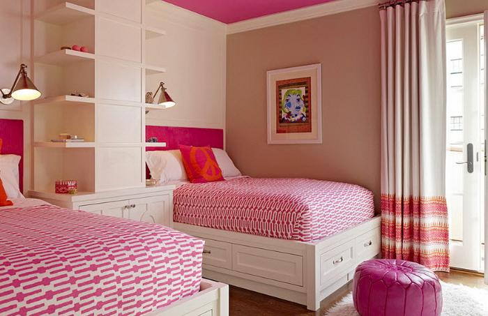 Кровать для девочки встроенного типа