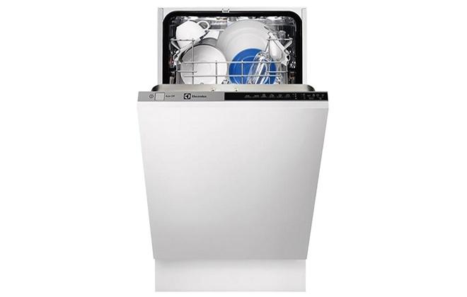 Посудомойка Electrolux ESL94300 с открытой дверцей