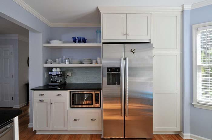 СВЧ-Печь встроена в кухонный гарнитур
