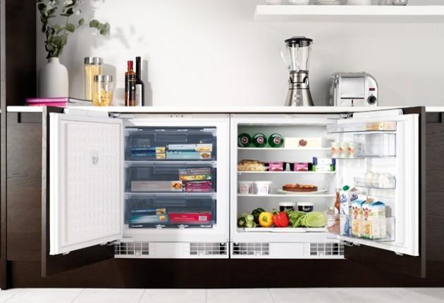 Холодильник встроенный в шкаф