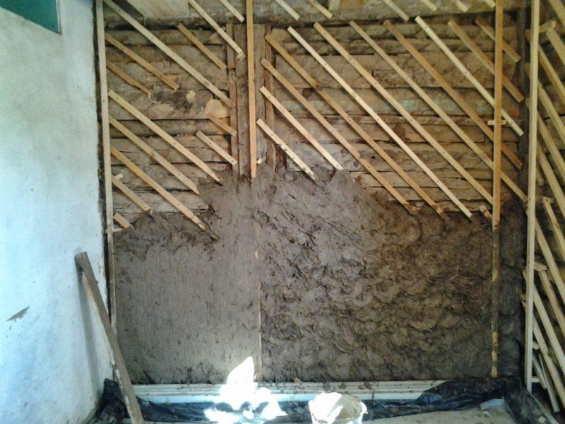 Штукатурка деревянного дома изнутри по дранке