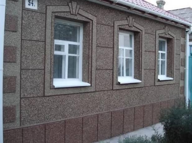Фасад из мозаичной штукатурки