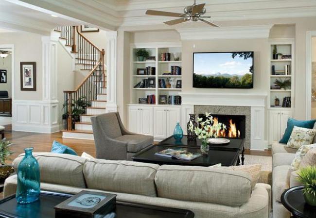 Насыщенный дизайн интерьера гостиной
