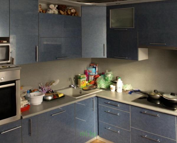 Какое расстояние между нижними и верхними шкафами кухни. Фото-12