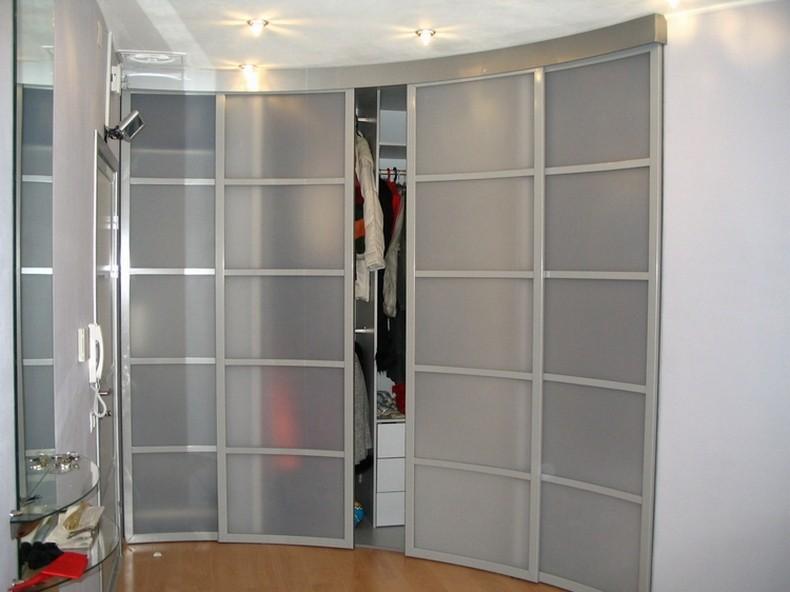 Матовый радиусный шкаф