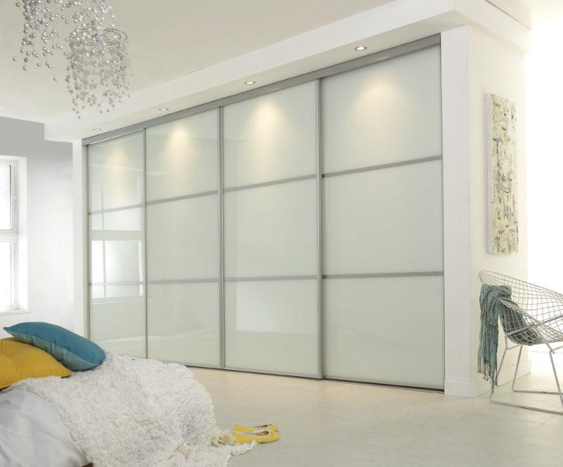 Матовый шкаф в спальне, дизайн