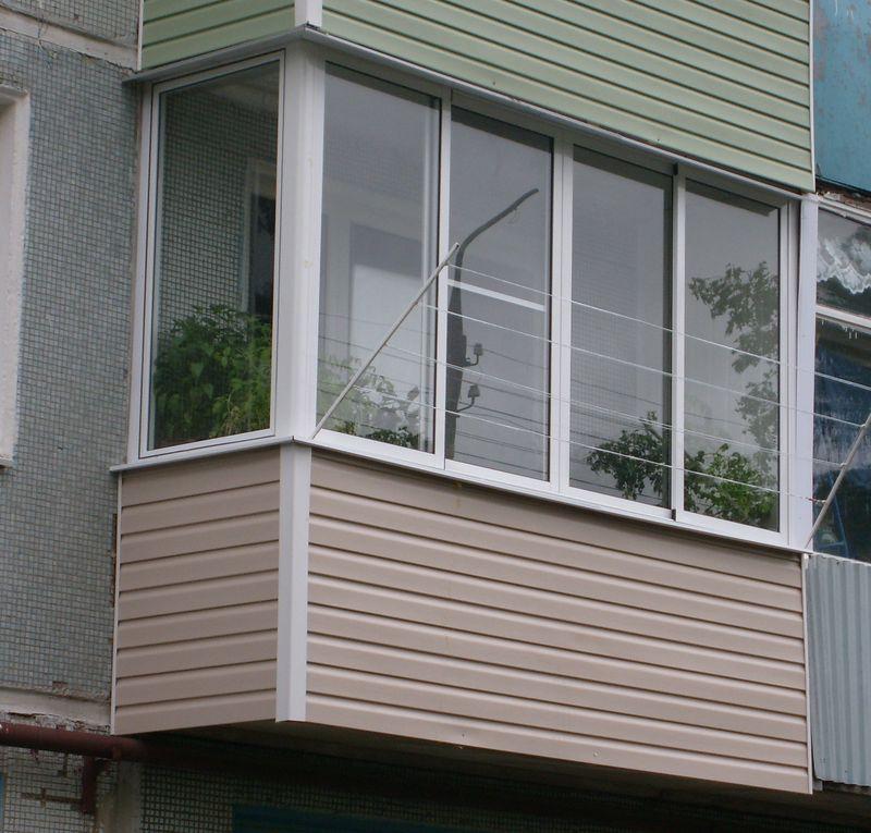 Теплое остекление балкона в хрущевке