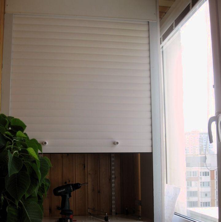 Двери-рольставни балконного шкафа