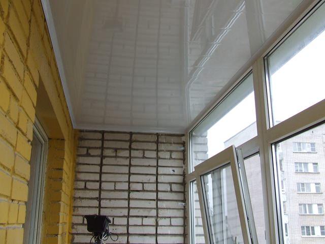 Обшивка потолка панелями