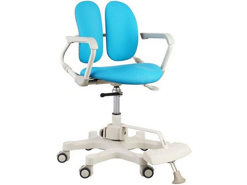 В детских креслах колесики должны иметь возможность ручной или автоматической блокировки