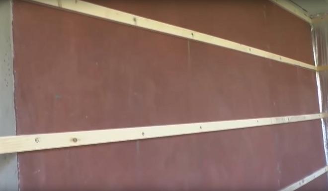 монтаж обрешетки на внутреннюю стену 3