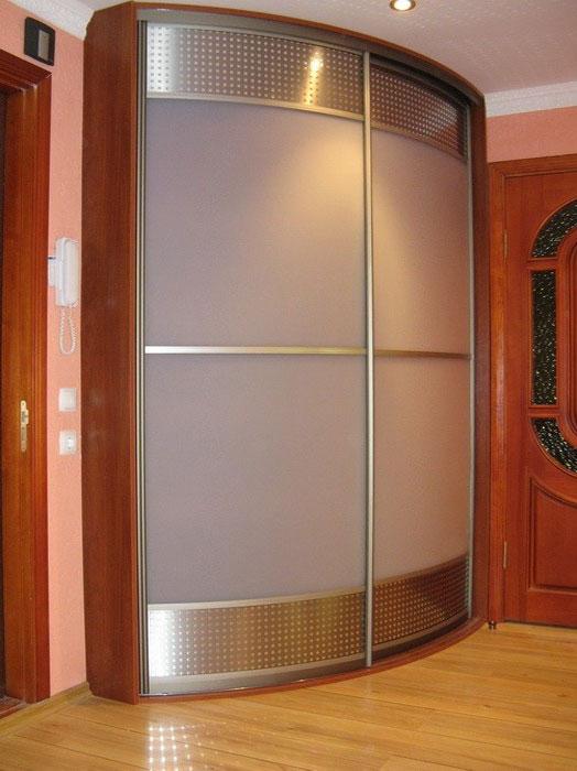 Шкаф купе угловой со стеклянными вставками