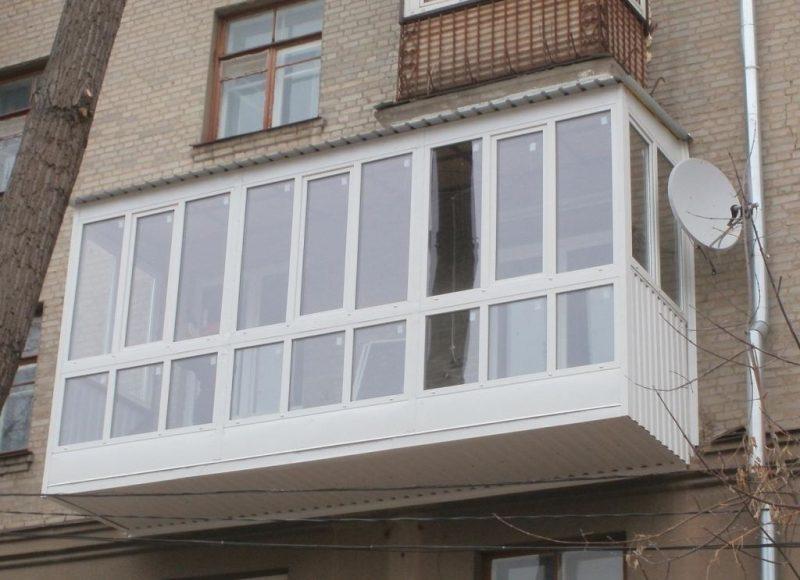 Выносной каркас увеличивает балкон почти в два раза