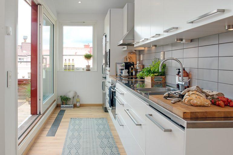 кухня совмещенная с балконом фото интерьер