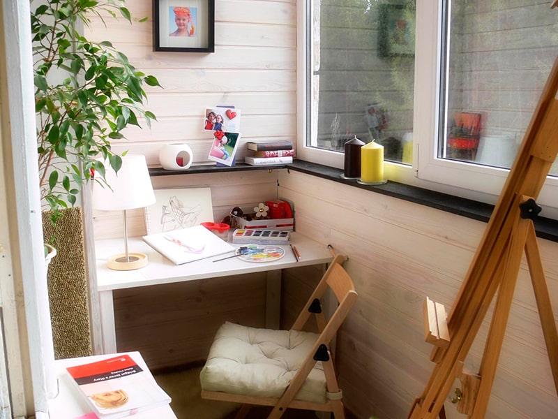кабинет студия на балконе