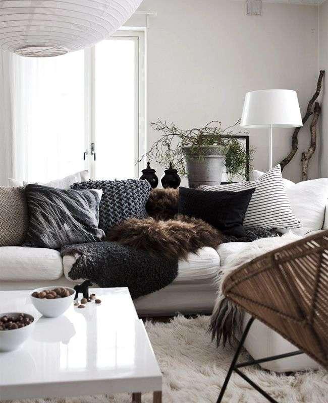 мягкая мебель в интерьере небольшой гостиной
