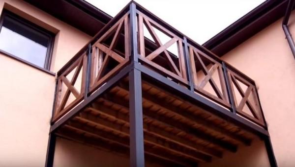 деревянные перила в стиле фахверк своими руками