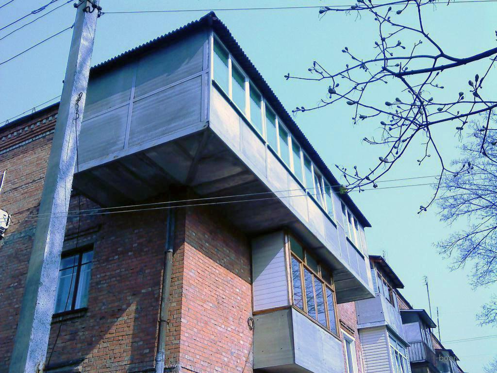 Угловое расширение балкона