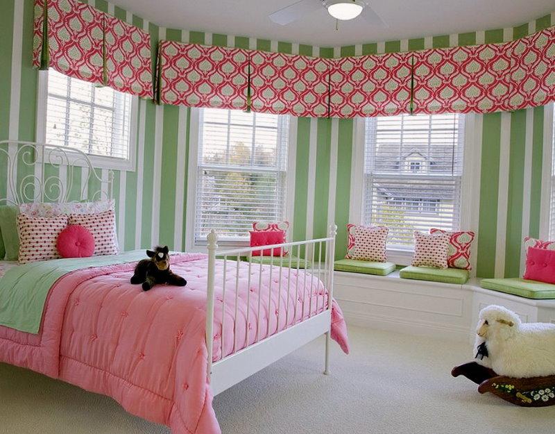 Римские шторы - красивая детская комната