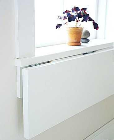 стол подоконник в детской фото 10