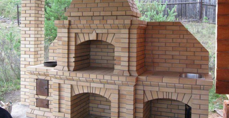 Садовый камин-барбекю