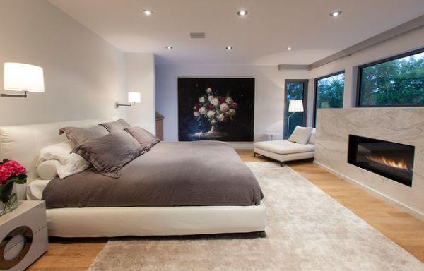 Поразительное оформление спальни с камином