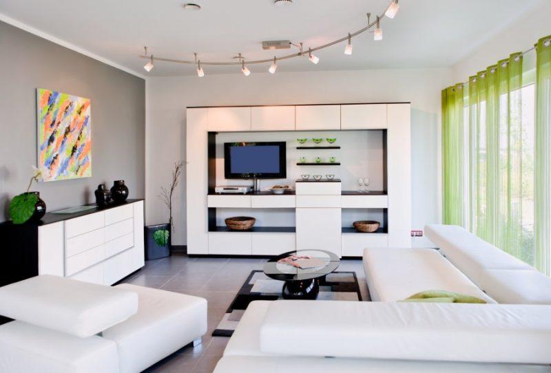 Глянцевая белая стенка в гостиной стиля хай-тек