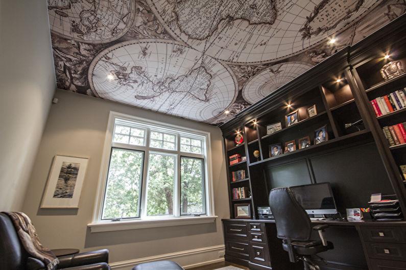 Натяжной потолок с фотопечатью в интерьере домашнего кабинета