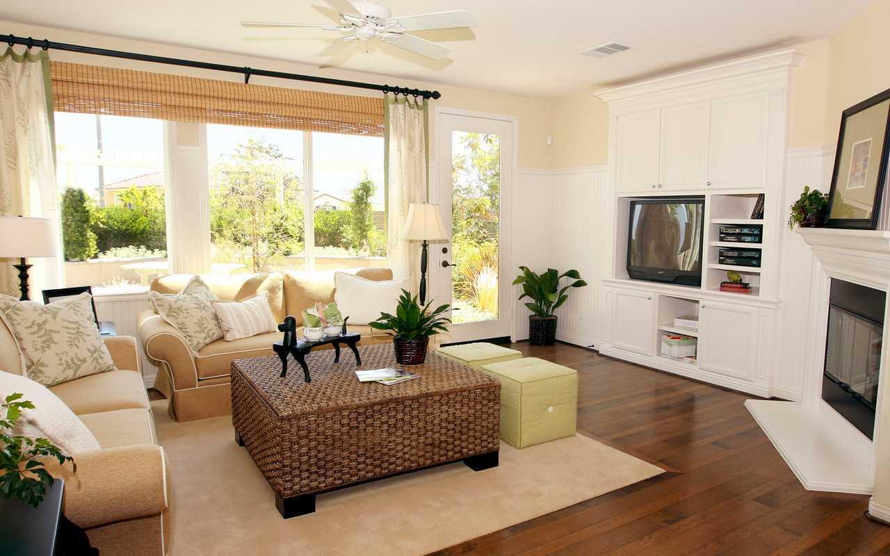 идея красивого украшения гостиной комнаты своими руками